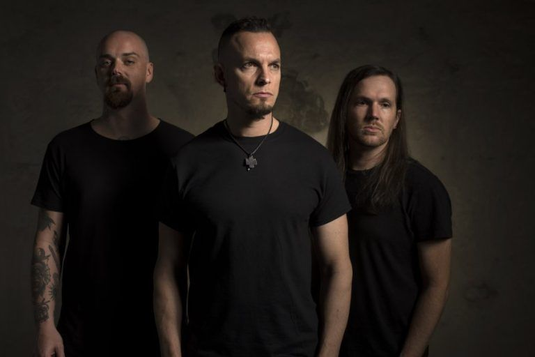 When Creed and Alter Bridge are not enough, we look for Tremonti